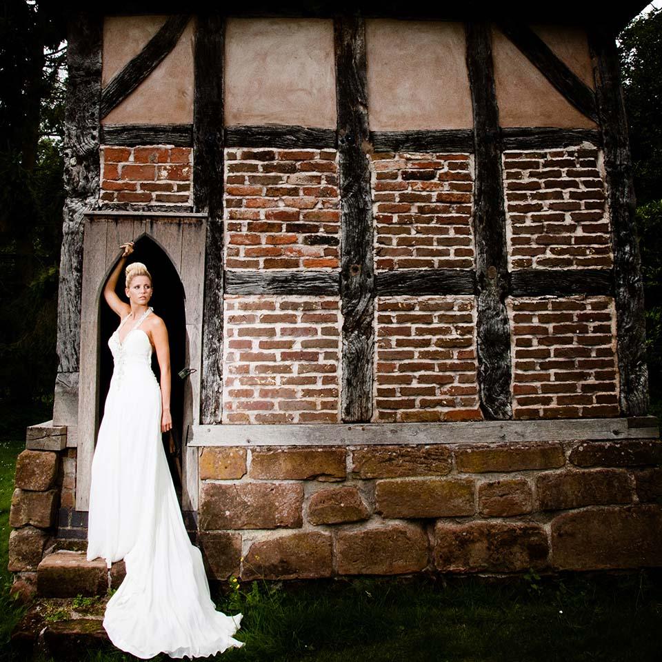 bride at Brockencote Hall